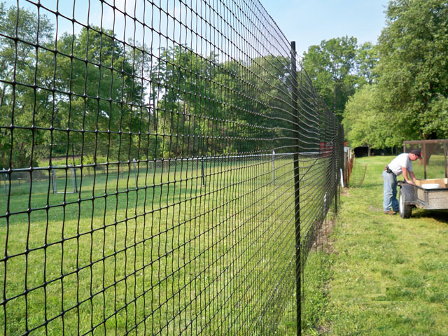 how to make a mini electric fence